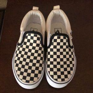 Beautiful vans shoes size 12 kids